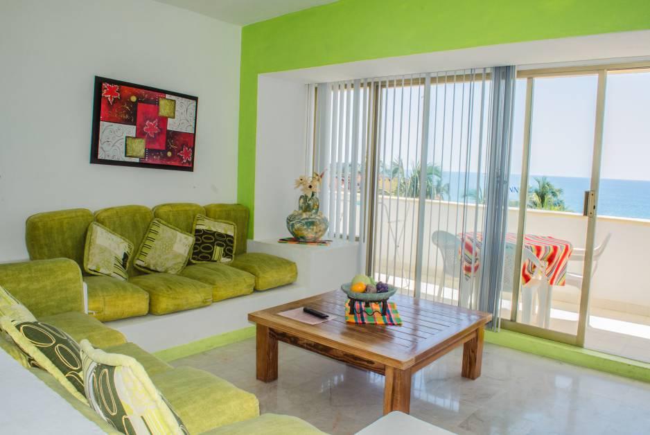 Renta de Condominios Vacacionales de 1 recámara en Ixtapa Zihuatanejo, al interior del Hotel Tesoro Ixtapa, vista al mar garantizada, con acceso a la Playa El Palmar Ixtapa y con alberca | Enna Inn Ixtapa