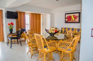 Renta de Condominios Vacacionales de 1 recámara en Ixtapa Zihuatanejo, al interior del Hotel Tesoro Ixtapa, vista al mar garantizada, con acceso a la Playa El Palmar Ixtapa y con alberca   Enna Inn Ixtapa